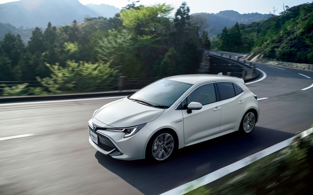 Toyota наградила KYB