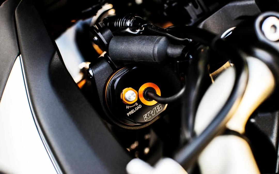 KYB представляет: Автоматизированная Мотоциклетная Амортизационная система